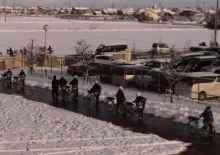 雪の登校風景1